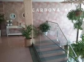 Hostal Residencia Cardona, hostel in Arrecife