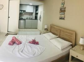 Seaview Apartments, apartment in Anavissos