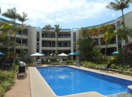 Placid Waters Holiday Apartments, hotel in Bongaree