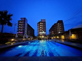 The Mangrove Hotel, hotel in Na Jomtien