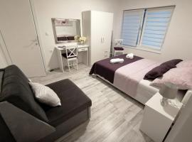 Apartman Lidija, budget hotel in Pag