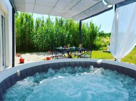"Home ""River and sea"", luxury hotel in Podstrana"