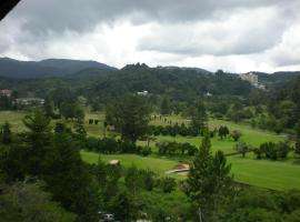 CH Green Stay Resort Apartment, boutique hotel in Cameron Highlands