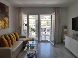 Beautiful Apartment in the heart of Puerto Banus, hotel in Marbella