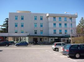 Hotel Tabor, отель в городе Сежана