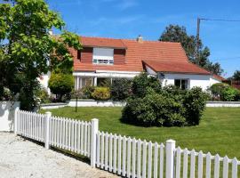 La Porte, Rose View Gite, country house in Courson