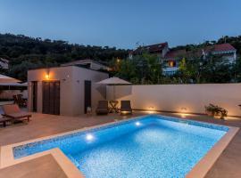 2NIGHTSTUDIOS, hotel in Split