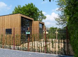 Trendy Tiny Houses Bovenweg, self catering accommodation in Rhenen