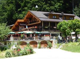 Gasthaus - Pension - Café Dörfl, hotel in Kiefersfelden