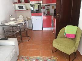Studio do Brejo - de 2 a 3 pessoas, vacation home in Vila Nova de Milfontes