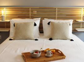 Athenian Hub Luxe Loft, ξενοδοχείο στην Αθήνα