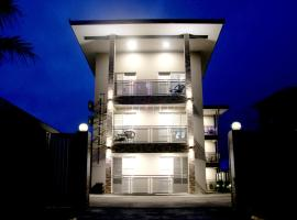 CHANG CHENG Grand Apartment Hotel, vacation rental in Suva