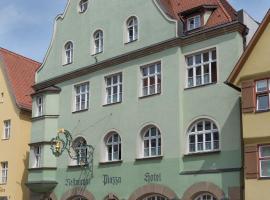 Hotel PIAZZA, hotel in Dinkelsbühl