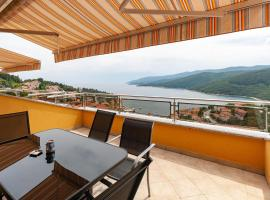 Apartments Loretta with Sea View, self catering accommodation in Rabac