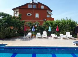 Apartments Dugonjić, hotel with pools in Umag