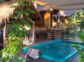 Seacroft Bamboo Village, hotel near Salad Beach, Hinkong