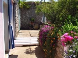 Apartments Anita, hotel in Veli Lošinj