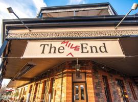The Mile End Hotel, hotel near City Mazda Stadium, Adelaide