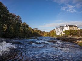 Falls Hotel & Spa, hotel in Ennistymon