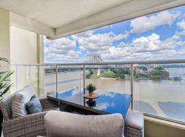 Spectacular Riverside Apartment ~ Brisbane CBD!