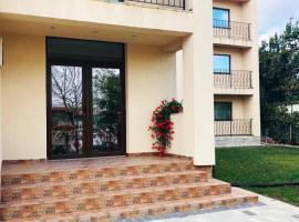 Eden Blue, hotel in Costinesti
