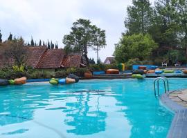 Villa 3BR Lotus Puncak - L2, villa in Cianjur
