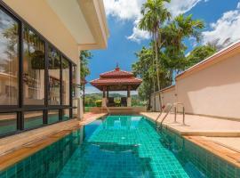 Villa Selaru Laguna beach by TropicLook، فندق في ليان بيتش