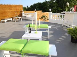 Veronique Olive, vacation rental in Saint-Pair-sur-Mer
