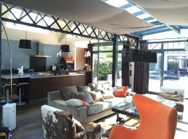 Maison contemporaine Centre DEAUVILLE, pet-friendly hotel in Deauville