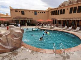 Bluff Dwellings Resort, hotel v destinaci Bluff