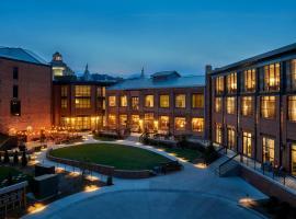 Foundry Hotel Asheville, Curio Collection By Hilton, hotel near Biltmore Estate, Asheville