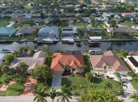 Waterfront Villa ID5218, Ferienunterkunft in Cape Coral