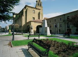 Parador de Sto. Domingo Bernardo de Fresneda, hotel near San Millán de Suso and San Millán de Yuso Monasteries, Santo Domingo de la Calzada