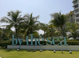 By The Sea Penang, apartment in Batu Ferringhi