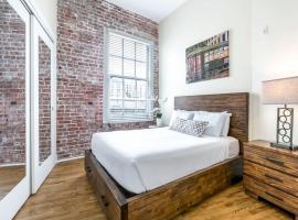 Luxury Condos close to Art & Culture NOLA, apartment in New Orleans