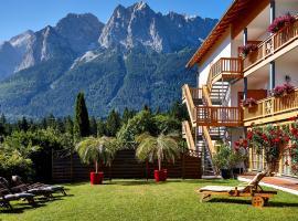 Romantik Alpenhotel Waxenstein, hotel in Grainau
