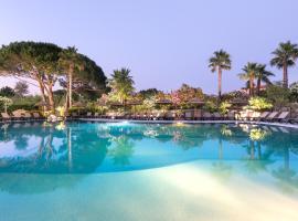 Hotel Club Le Capet, hotel near Sainte-Maxime Golf Course, Sainte-Maxime