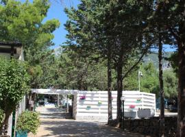 Camping Car Palmasera, glamping site in Cala Gonone
