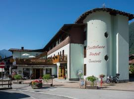 Casteluce Hotel Funivie, hotel in Pinzolo