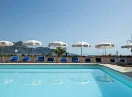 Hotel Panoramic, hotel in Giardini Naxos