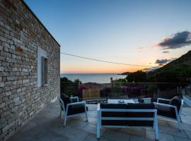 Scissure Sea Suite, hotel with pools in Gaeta