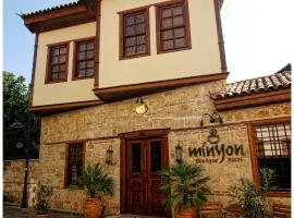 Minyon Hotel, hotel in Antalya