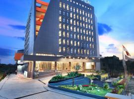 Harper Palembang by ASTON, spa hotel in Palembang