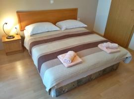 Apartment Hrelja near the Beach, self catering accommodation in Lovran