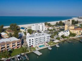 Provident Oceana Beachfront Suites, hotel near Treasure Island Golf Tennis Recreation Center, St Pete Beach