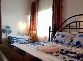 KILIMANJARO MAD MONKEY'S HOTEL, hotel in Moshi