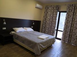 Black Sea Guesthouse, guest house in Gelendzhik