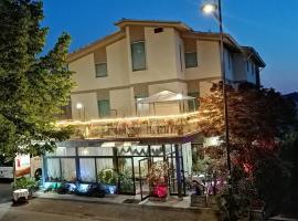 Hotel Ristorante La Casareccia, hotell i Fiuggi