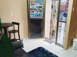 Pousada Famíliar 25 de Março, guest house in Fortaleza