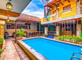 Oasis Hostel, hotel in Granada